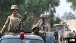 Pakistan'da Dost Ateşinde 13 Asker Öldü