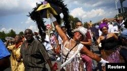 Một cuộc diễu hành đánh dấu 10 năm xảy ra trận bão Katrina.