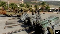 Оружие, захваченное вооруженной сирийской оппозицией у правительственных войск. Алеппо, Сирия
