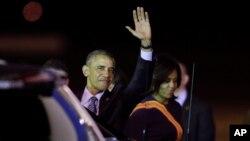 星期三凌晨,美国总统奥巴马飞抵阿根廷首都布宜诺斯艾利斯国际机场。