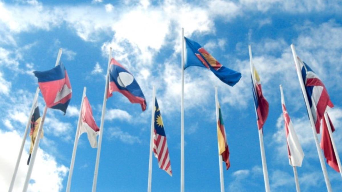 """Kemlu RI: """"Kami Masih Tunggu Kepastian Kedatangan Utusan Junta Myanmar di KTT ASEAN"""""""