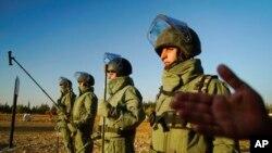 L'armée russe forme les soldats du génie syrien à Aleppo, le 13 septembre 2017