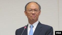 台灣行政院政務委員、貿易談判代表鄧振中(資料照片)