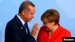 Recep Tayyip Erdogan et Angela Merkel, sommet du G-20, Hambourg, Allemagne, le 7 juillet 2017.