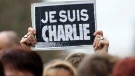 Tirana solidarizohet me Parisin