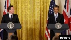 13일 백악관에서 정상회담 후 공동 기자회견을 가진 바락 데이비드 캐머런 영국 총리(왼쪽)와 오바마 미국 대통령.