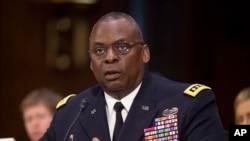 Američki general Lojd Ostin