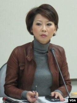 民进党立委 陈亭妃( 美国之音 张永泰拍摄)