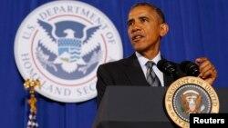 Президент США Барак Обама выступает в министерстве внутренней безопасности США по вопросу госбюджета на 2016 год. Вашингтон. 2 февраля 2015 г.