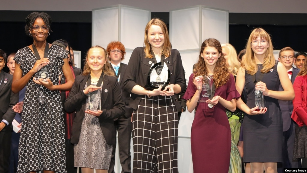 Broadcom MASTERS top winners (from left to right) Lauren Ejiaga, Sidor Clare, Alaina Gassler, Rachel Bergey and Alexis MacAvoy. (Photo Credit: Linda Doane/Society for Science & the Public)