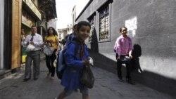 ويديوها حکايت از بازداشت شماری از دانش آموزان در شهر درعا در سوريه دارد