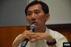 香港中文大學城市研究課程副教授姚松炎。(美國之音湯惠芸攝)
