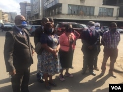 Inkokheli yebandla leMDC Alliance ibotshwe phandle kwewofisi yabo eHarare.