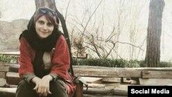 مرضیه امیری، روزنامه نگار، اردیبهشت امسال در روز جهانی کارگر بازداشت شد.