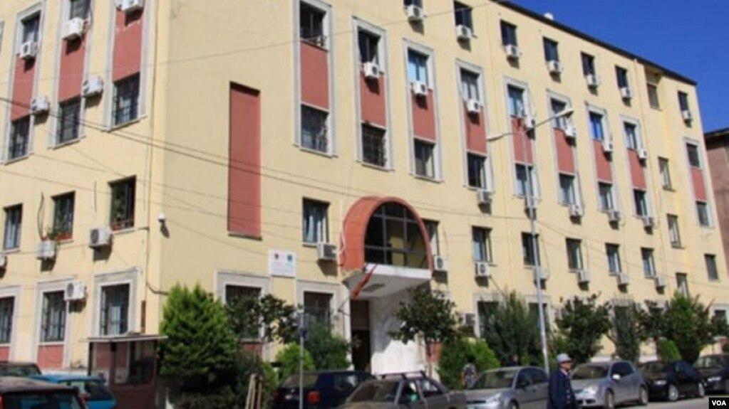 Durrës: Grabitet prokuroria; dyshohet humbja e dosjeve mbi tjetërsim pronash