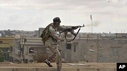 利比亞臨時政府作戰人員試圖控制海濱城鎮蘇爾特