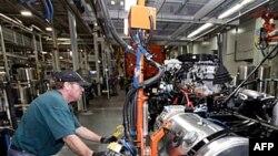 Uprkos pozitivnim pokazateljima, nije izvesno da će američka ekonomija nastaviti sa ubrzanim oporavkom