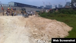 A view of the area in Fujiuan province where a bulldozer killed a young girl, China, Aug. 28, 2013 (QQ).