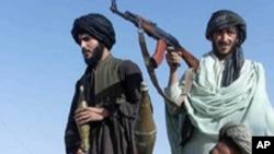 پشاور: مشتبہ عسکریت پسند اپنے ساتھیوں کو چھڑا لے گئے