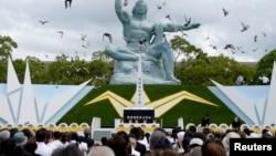 2014年8月9日长崎和平公园和平雕像