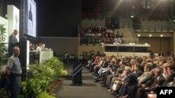 Tổng thống Nam Phi Jacob Zuma phát biểu trong lễ khai mạc hội nghị khí hậu ở thành phố Durban, Nam Phi, thứ Hai 28/11/2011