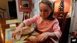 La alergía al maní es una de las alergias más comunes y peligrosas entre los niños estadounidenses.