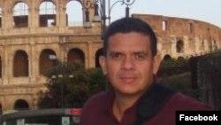 Fabio Lobo en Roma, en una foto de septiembre 6 de 2009, de su cuenta de Facebook.