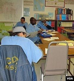 Para narapidana di penjara AS memerlukan sarana untuk mengekspresikan diri (foto: dok).