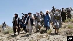 طالبان کے درمیان مختلف مواقع پر اختلافات بھی جنم لیتے رہے ہیں۔ (فائل فوٹو)