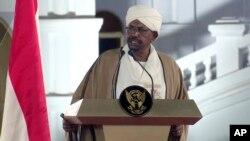 shugaban Sudan, Omar Al Bashir yayin wani jawabi da ya yi a ranar 22 ga watan Fabrairu daga fadar shugaban kasa