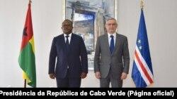 Úmaro Sissoco Embaló, Presidente da Guiné-Bissau (esq), e Jorge Carlos Fonseca, Presidente de Cabo Verde, Praia, 8 de Julho de 2021