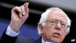 El senador por Vermont, Bernie Sanders, no se da aún por vencido.