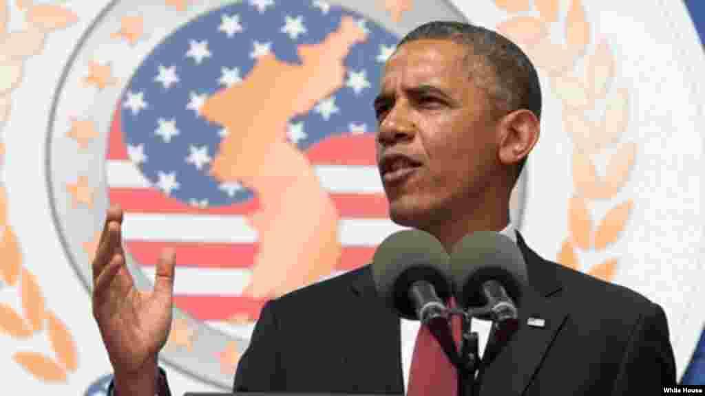 """Dl presidente Obama dijo a los veteranos que """"ustedes cuentan con el agradecimientos de toda una nación. Sus hazañas vivirán por siempre""""."""
