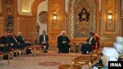 مقام های عمان رابطه خوبی با آمریکا و ایران دارند.