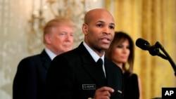 Jerome Adams, Director de Salud de Estados Unidos durante un evento en la Casa Blanca, el 13 de febrero de 2018.