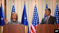 U.S. Secretary of State Hillary Rodham Clinton and Kosovo's Prime Minister Hashim Thaci give a press conference in Pristina, Kosovo, 13 Oct. 2010