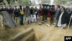 Похорон губернатора Пенджабу в Лахорі