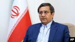 ایران کے صدارتی انتخابی امیدوار عبدالناصر ہمتی ۔ فائل فوٹو