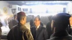 2013-12-11 美國之音視頻新聞: 法國軍人在中非共和國被殺後法國總統到訪