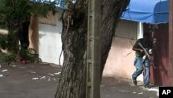 4月1日瓦塔拉的部队攻击了巴博的住宅