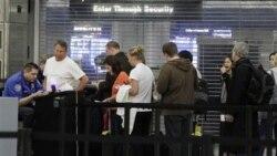 رویارویی مسافران آمریکایی با بازرسی های امنیتی سخت تر و برف و بوران