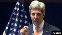 El secretario de Estado de EE.UU., John Kerry, se reunió en Washington con la jefa de la diplomacia europea, Catherine Ashton.
