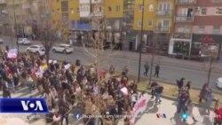 Kosovë: Parakalim për të shënuar 8 marsin