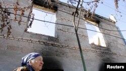 В деревне Эргнети, Грузия. Октябрь 2008.