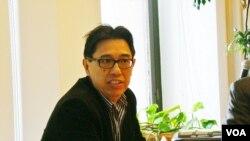 呂曉波 伯納學院政治學教授