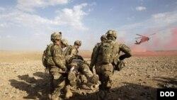 اوس مهال افغانستان کې شاوخوا اته زره او څلور سوه امریکايي سرتیري په دنده بوخت دي.