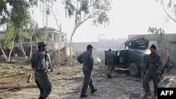 Lực lượng an ninh Afghanistan đến địa điểm xảy ra vụ tận công