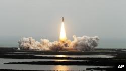 انجام آخرین پرواز سفینۀ فضایی در ایالت فلوریدای امریکا