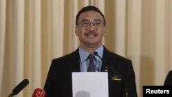 Bộ trưởng Quốc phòng Malaysia Hishammuddin Hussein.
