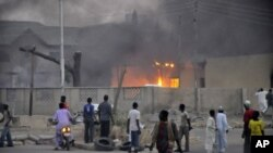 Attentat contre le QG de la police à Kano, dans le nord du Nigéria (20 jan. 2012)